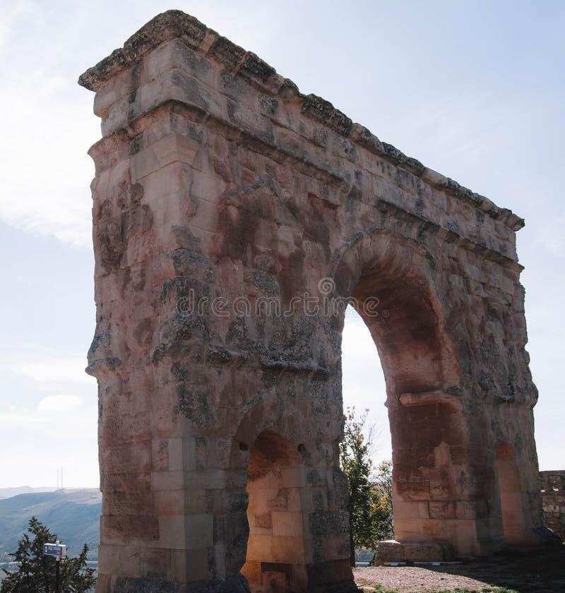 Romański łuk Medinaceli Soria fotografia stock
