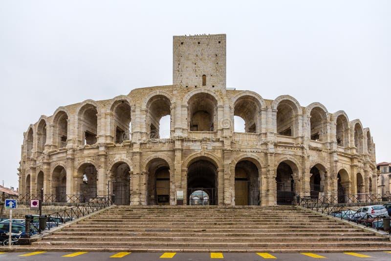Romański amphitheatre w Arles - UNESCO światowe dziedzictwo w Francja fotografia stock