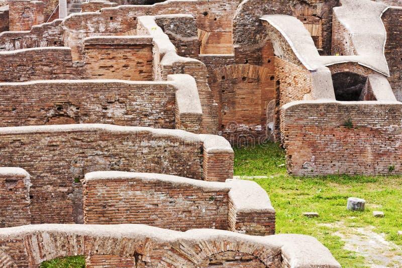 Romański cesarski buidings szczegół w archeologicznym Romańskim miejscu O zdjęcie stock