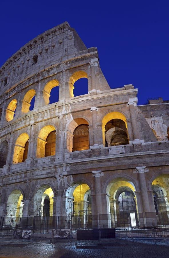 Romański Colosseum, miejsce dokąd gladiatorzy walczący as well as być miejscem wydarzenia dla jawnej rozrywki, Rzym obrazy stock