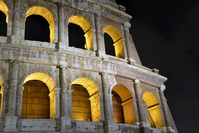 Romański Colosseum, miejsce dokąd gladiatorzy walczący as well as być miejscem wydarzenia dla jawnej rozrywki, Rzym obrazy royalty free