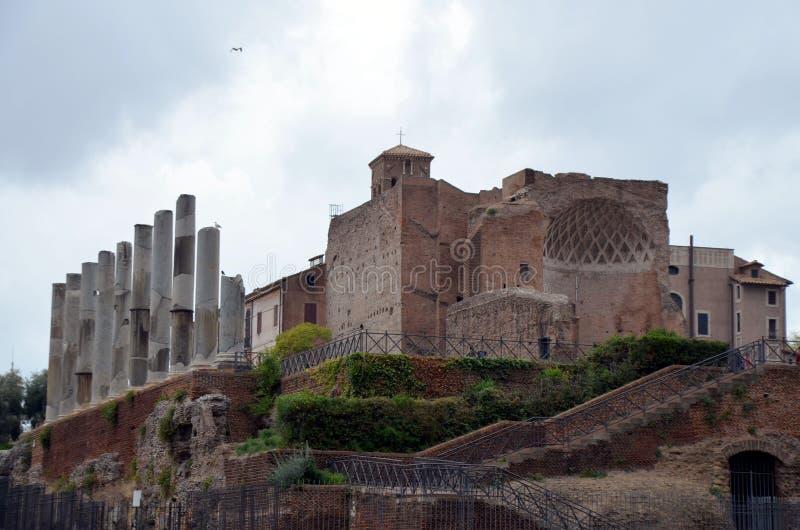 Romański forum od palatynu wzgórza w Rzym, Włochy obrazy royalty free