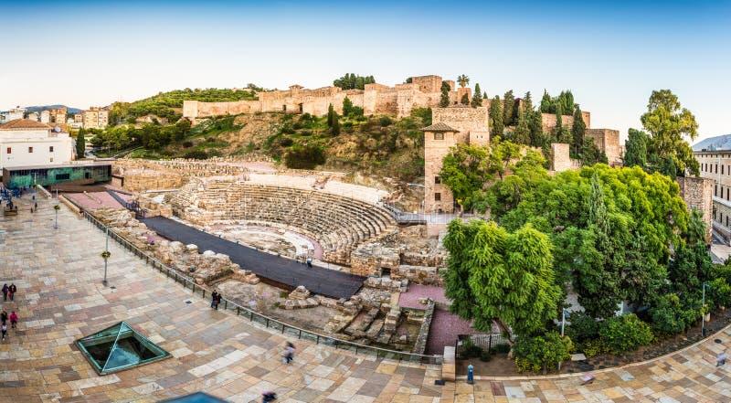 Romański teatr i Alcazaba cytadela w Malaga Hiszpania zdjęcia royalty free