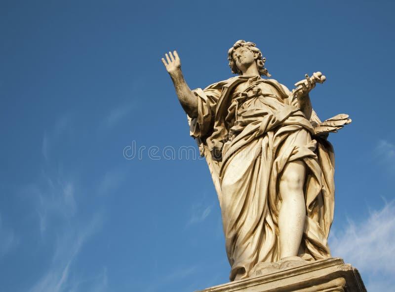 Roma - anjo com o prego do sant Angelo de Ponte foto de stock