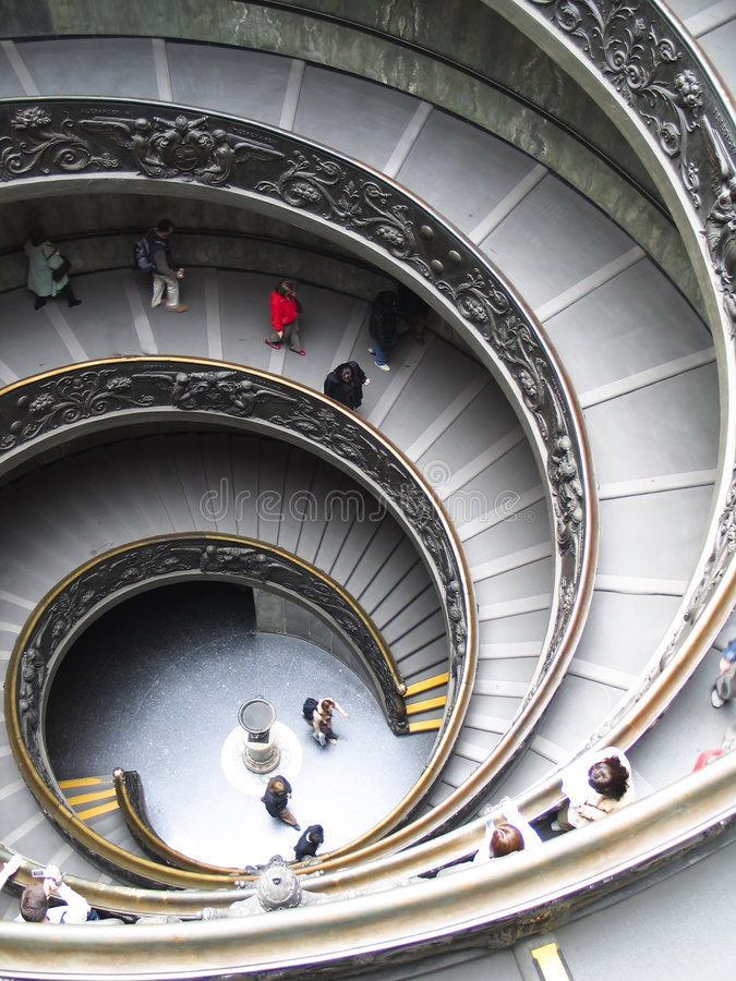 Roma: as escadas dos museus de vatican imagem de stock royalty free