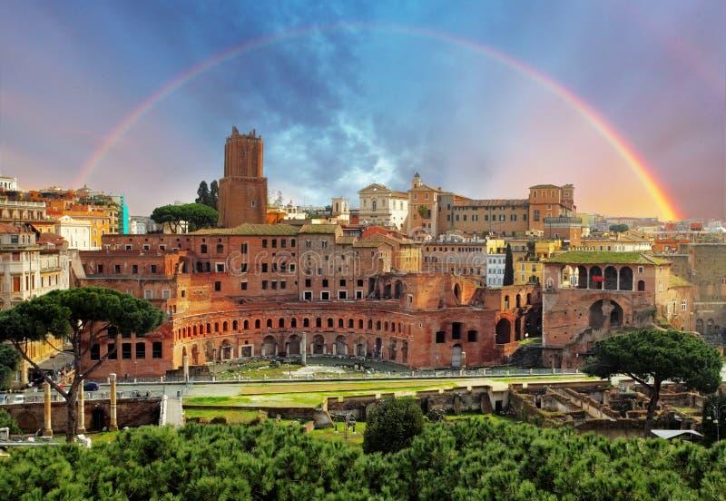 Roma - Foro Traiano imágenes de archivo libres de regalías