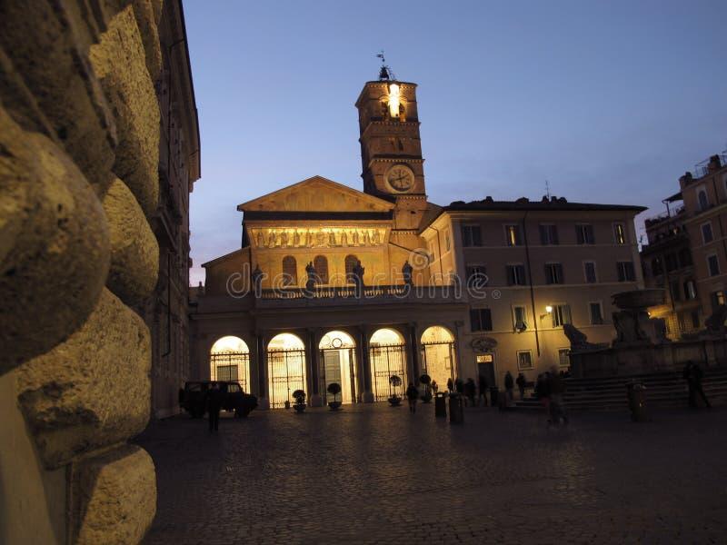 Roma a igreja de Santa Maria em Trastevere fotografia de stock royalty free