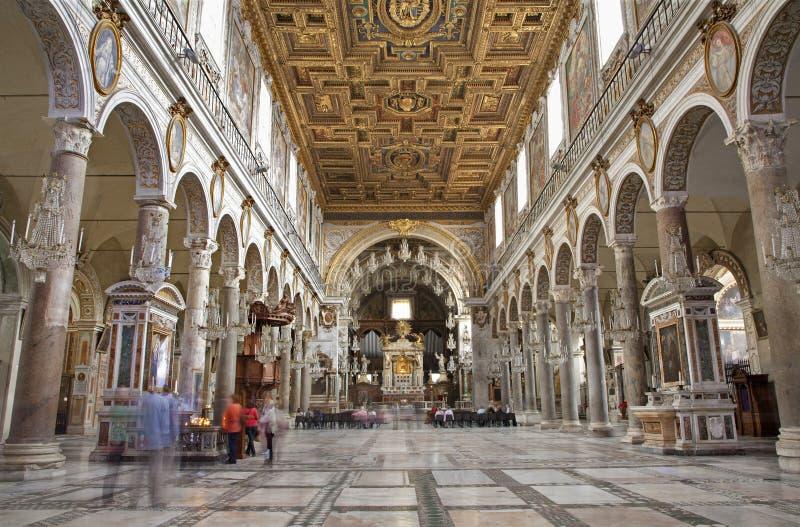 Roma - interior da igreja Santa Maria Aracoeli fotos de stock