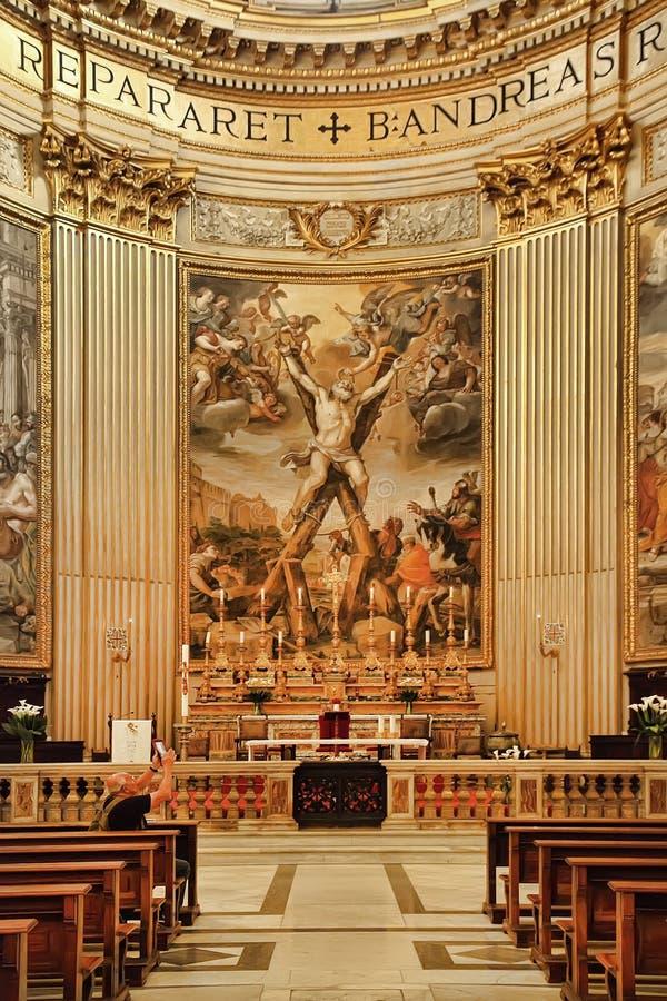 ROMA, ITALIA, EL 11 DE ABRIL DE 2016: La crucifixión de St Andrew la a fotografía de archivo libre de regalías