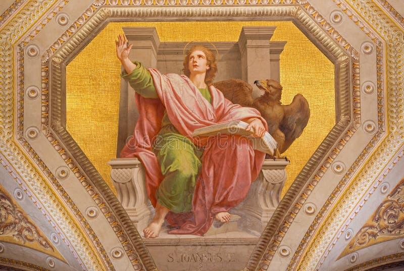 ROMA, ITALIA: Fresco de St John el evangelista en los di Santa Maria de Chiesa de la iglesia en Aquiro de Cesare Mariani en estil imagen de archivo