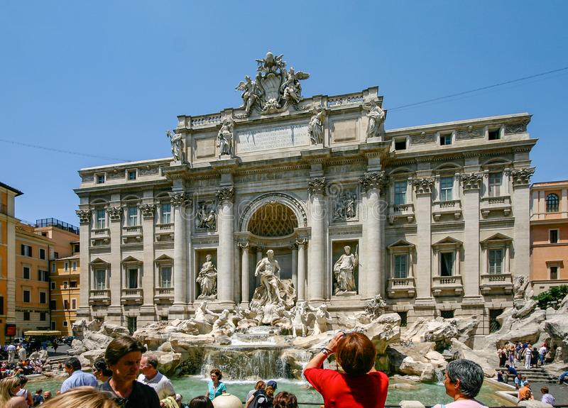 Roma, Italia: La fuente del Trevi imagen de archivo