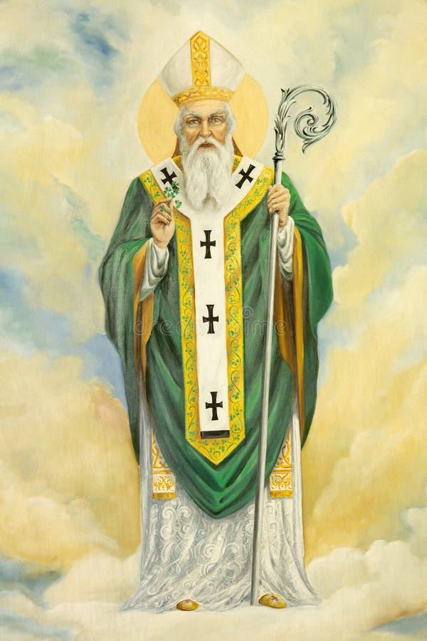 ROMA, ITALIA, 2016: La pittura di St Patrick in Di Santa Maria Ausiliatrice della basilica della chiesa dal sacerdote di Salesian fotografia stock libera da diritti