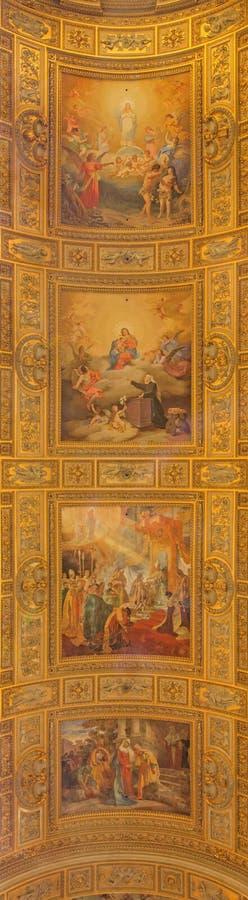 ROMA, ITALIA - 27 MARZO 2015: Dettaglio dell'affresco sulla volta di Basilica di Sant Andrea della Valle da Salvatore Nobili fotografia stock libera da diritti