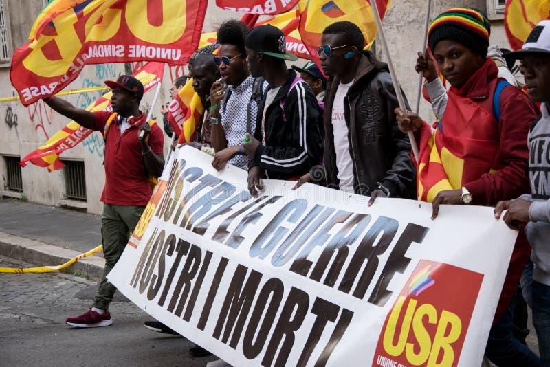 Roma, Italia - 23 marzo 2017: NESSUNA EURO dimostrazione di protesta fotografia stock