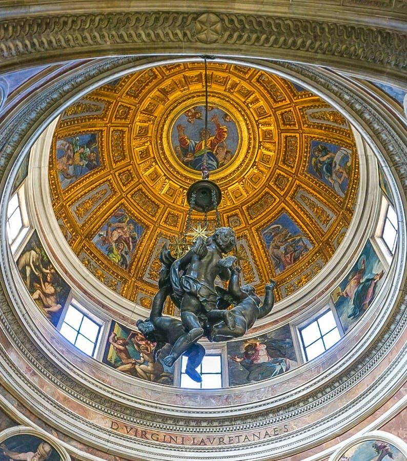 ROMA, ITALIA 12 OTTOBRE 2017: La cupola in Di Santa Maria di Chiesa immagine stock libera da diritti