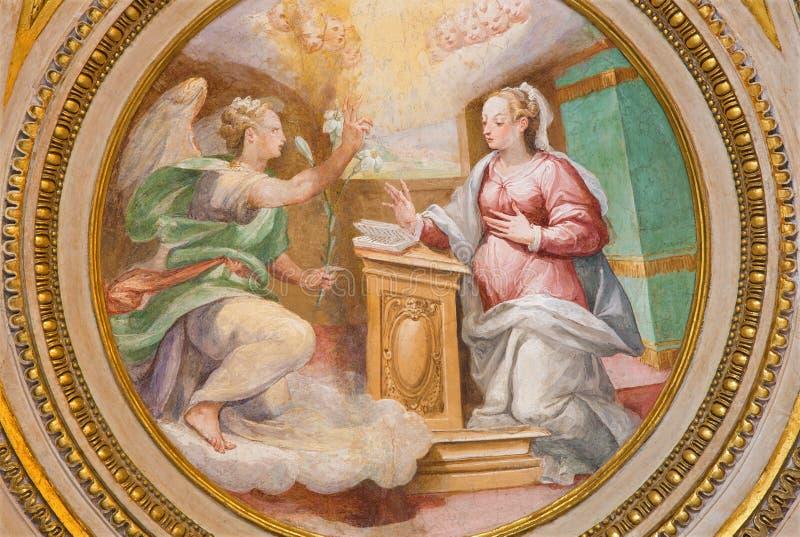 Roma - l'affresco dell'annuncio in abside della cappella laterale di St Joseph (1587 - 1588) da A Nucci in Basilica di Sant Agost immagine stock libera da diritti