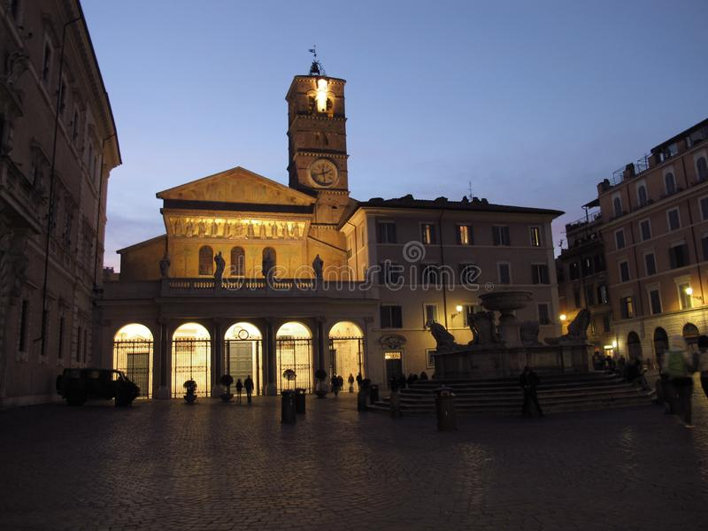 Roma la iglesia de Santa Maria en Trastevere fotos de archivo