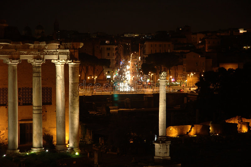 Download Roma na noite foto de stock. Imagem de escuro, império, italy - 55876