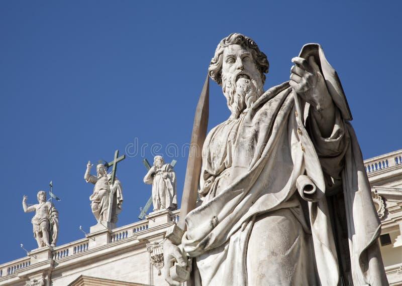 Roma - satatue do St. Paul s foto de stock royalty free