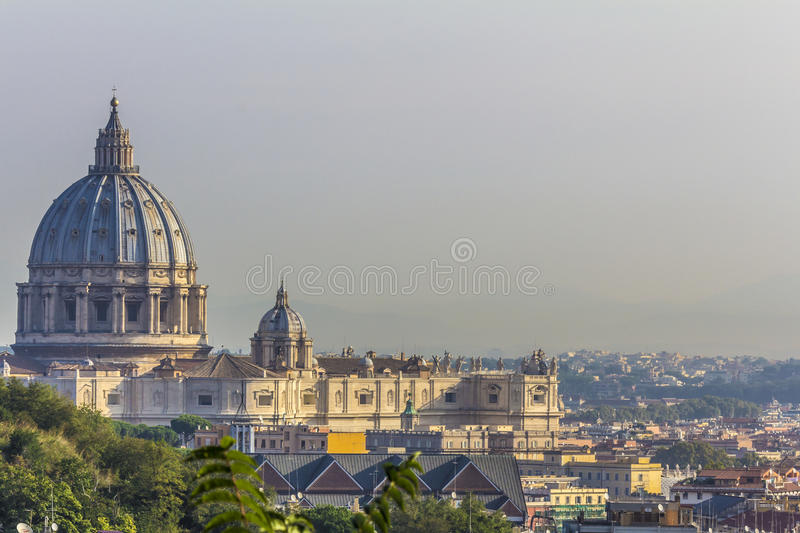 Roma - St. Peter's Basilica in Vatican City stock images