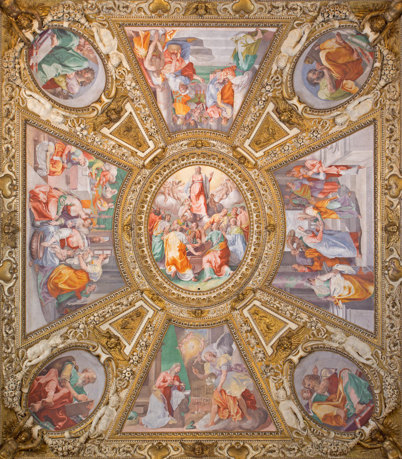 Roma - 'suposición de la Virgen' por Domenichino en el techo de la capilla lateral de los di Santa Maria de la basílica en Traste fotos de archivo