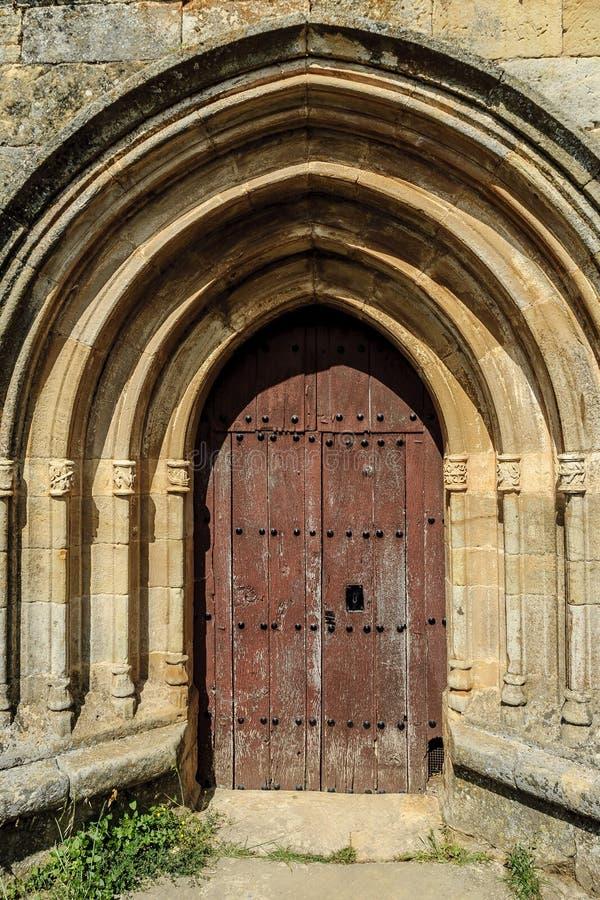 Romaanse deur stock afbeelding
