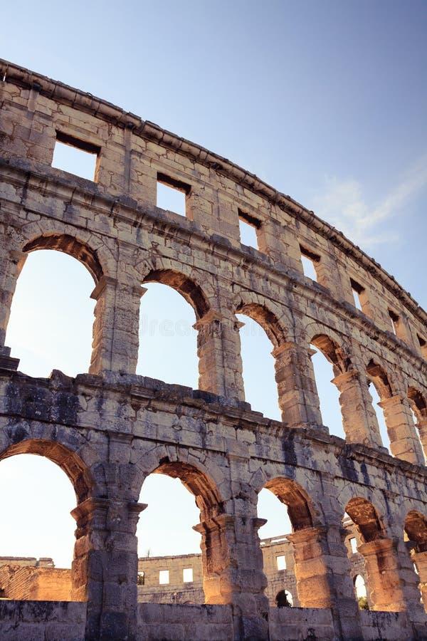 Roman amfitheaterarena, oude coliseumarchitectuur in Pula royalty-vrije stock foto
