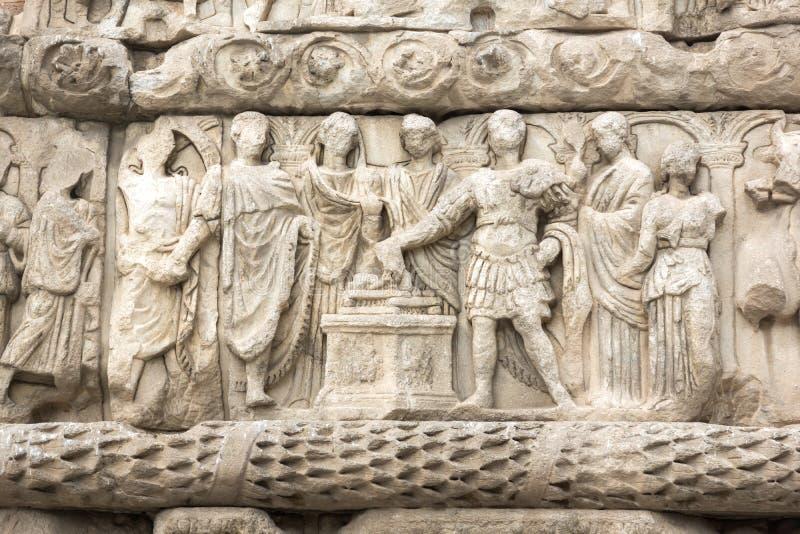Roman Arch av Galerius i mitten av staden av Thessaloniki, centrala Makedonien, Grekland royaltyfri fotografi