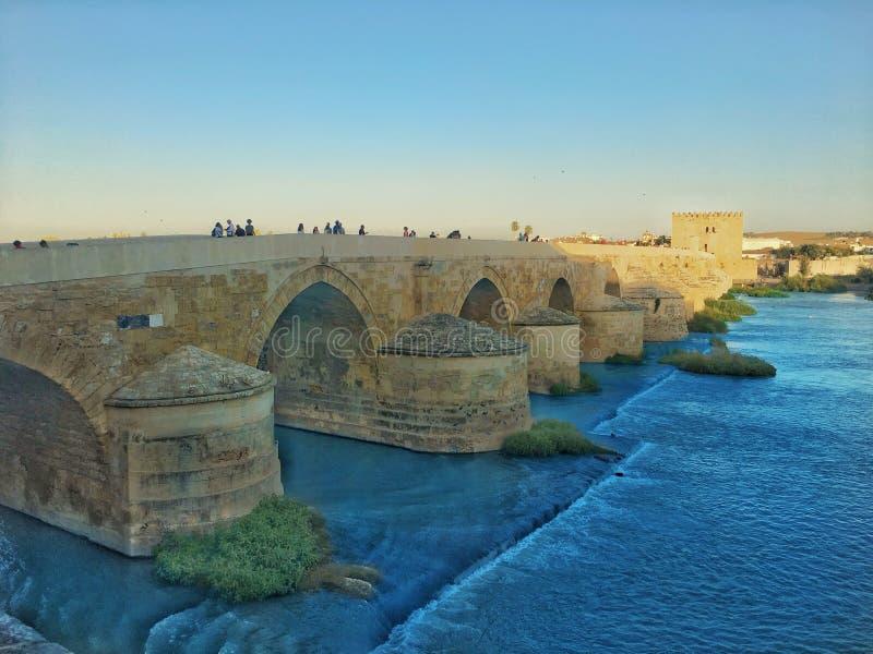 Roman Bridge in CÃ ³ rdoba, Spanje royalty-vrije stock afbeeldingen