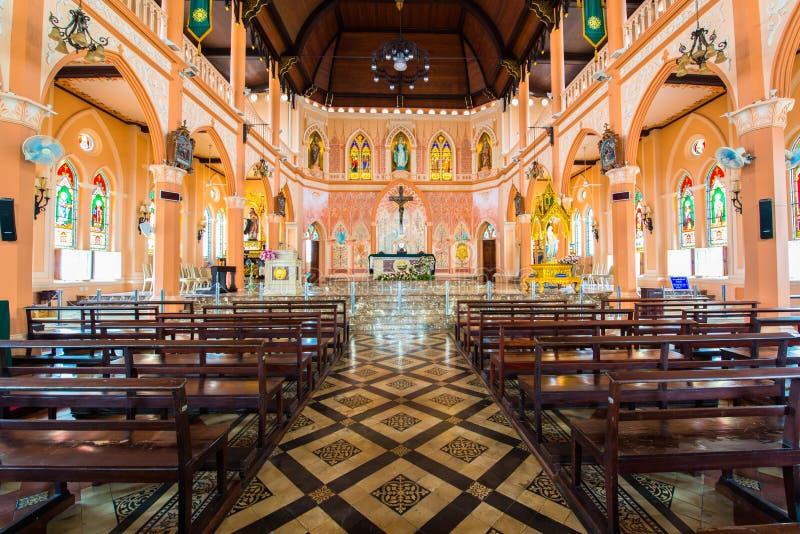Download Roman Catholic Church stock afbeelding. Afbeelding bestaande uit kruis - 39109907