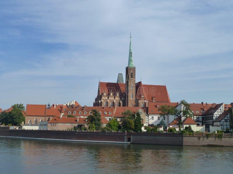 Roman Catholic Church dell'incrocio santo sulla via di Katedralnaya a Wroclaw fotografia stock