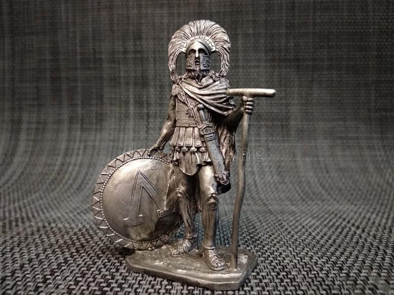Roman centurion met een Spartaans schild royalty-vrije stock afbeeldingen
