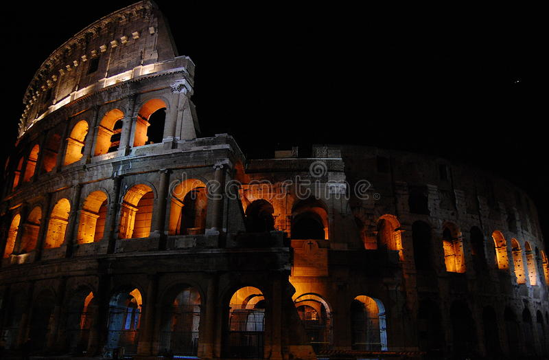 Roman Coliseum bij Nacht royalty-vrije stock fotografie