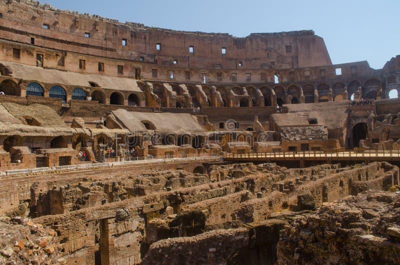 Roman Colliseum-binnenland stock afbeeldingen