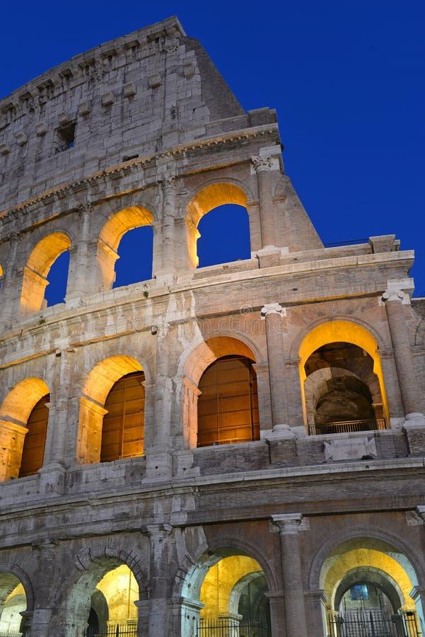 Roman Colosseum, ein Platz wo Gladiatoren gekämpft sowie seiend ein Ort für allgemeine Unterhaltung, Rom stockfoto