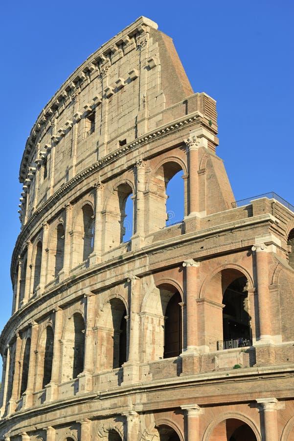 Roman Colosseum, ein Platz wo Gladiatoren gekämpft sowie seiend ein Ort für allgemeine Unterhaltung, Rom stockbild