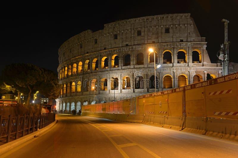 Roman Colosseum, ein Platz wo Gladiatoren gekämpft sowie seiend ein Ort für allgemeine Unterhaltung, Rom lizenzfreies stockbild