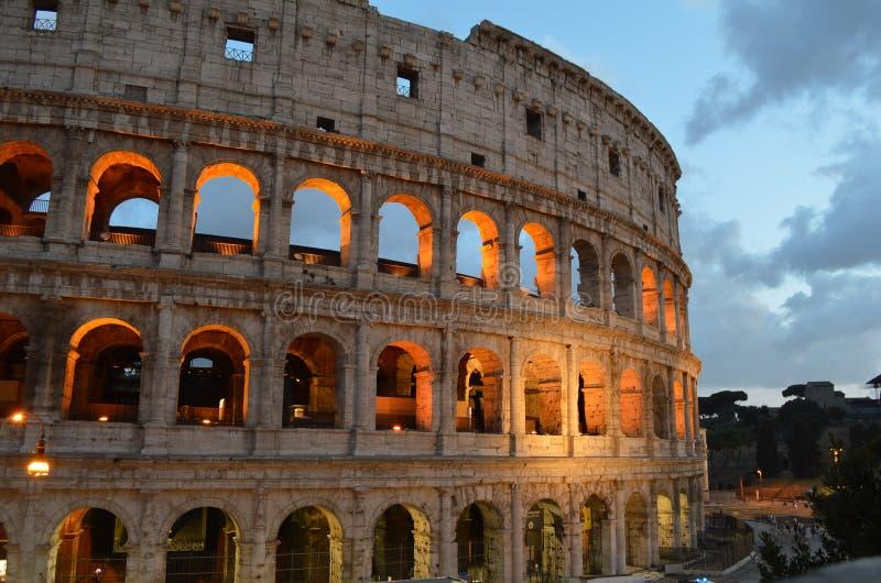 Roman Colosseum, il monumento più impressionante a Roma, Italia fotografia stock libera da diritti