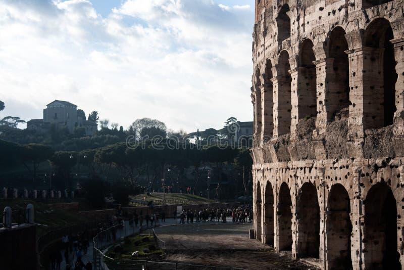Roman Colosseum och Roman Forum royaltyfri foto