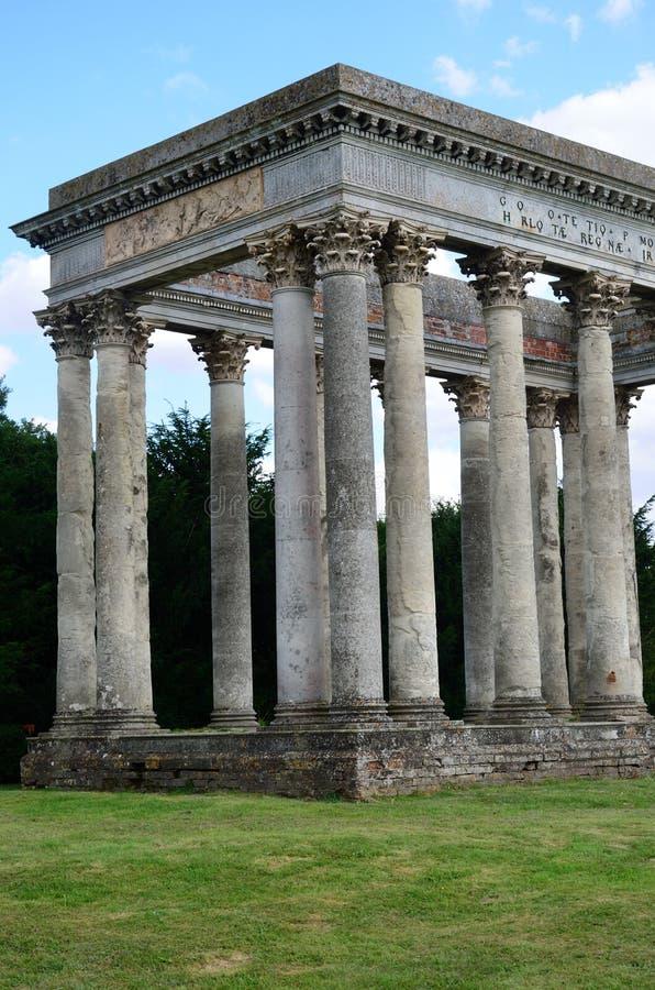 Roman dwaasheid in gronden van Engels landgoed stock fotografie