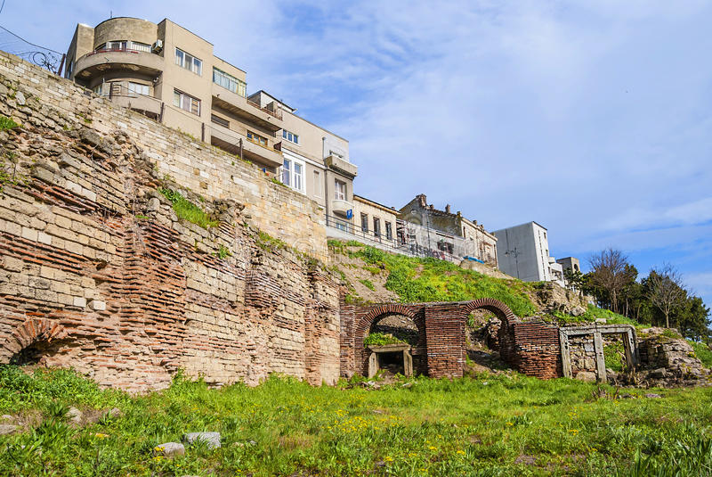 Roman Edifice, parte da cidade velha de Constanta, Romênia fotografia de stock