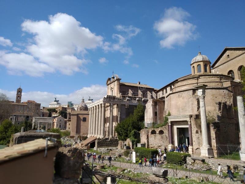 Roman Forum Ruins en Roma, Italia foto de archivo