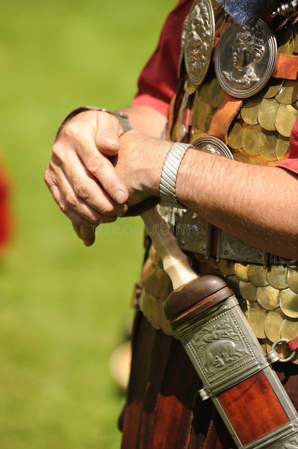 Roman militair met zwaard royalty-vrije stock foto