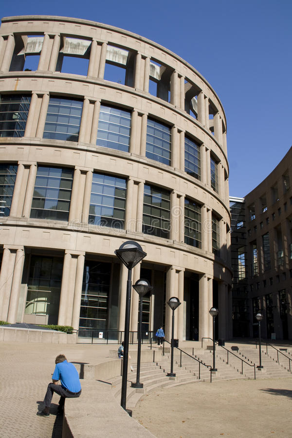 Roman and modern architecture at vancouver public library for Landmark design