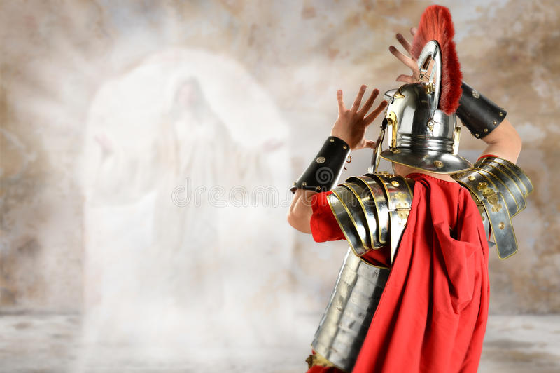 Roman Soldier Surprised pelo anjo fotografia de stock royalty free