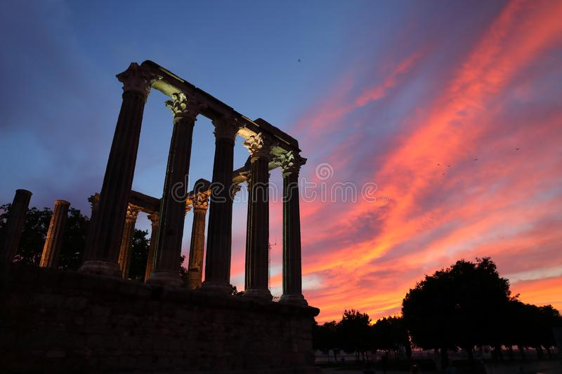 Roman Temple in Évora, Portogallo fotografie stock