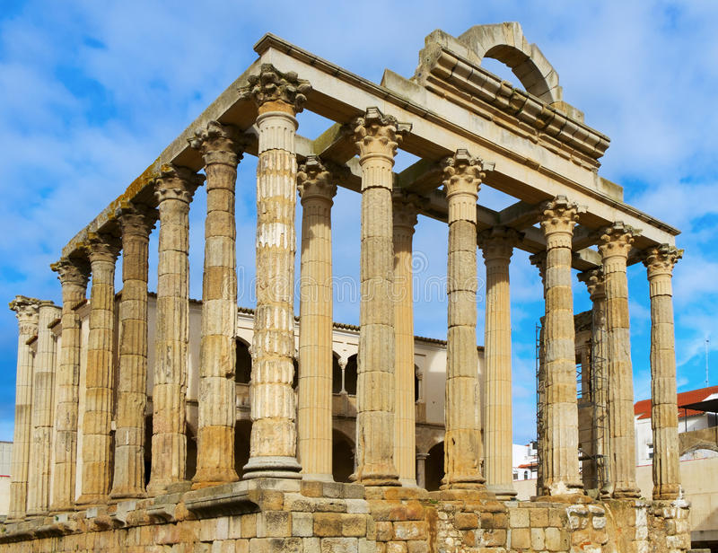 Roman Temple av Diana i Merida, Spanien royaltyfria bilder
