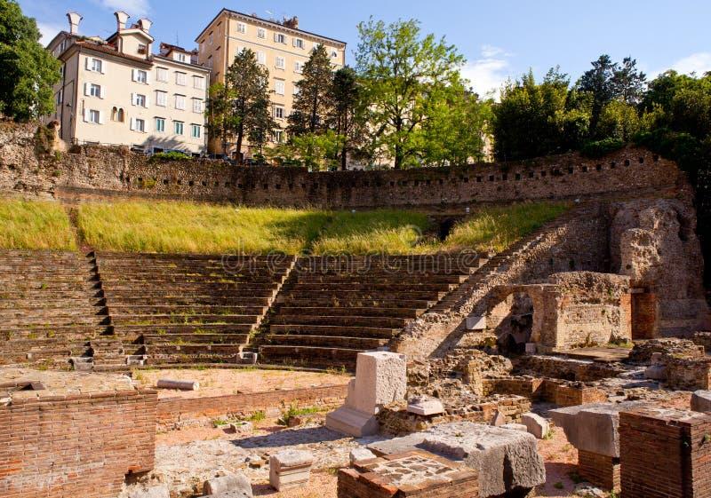 Roman Theater in Triëst stock fotografie