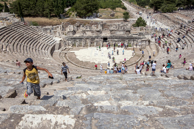 Roman Theatre in Ephesus in Turkije stock fotografie