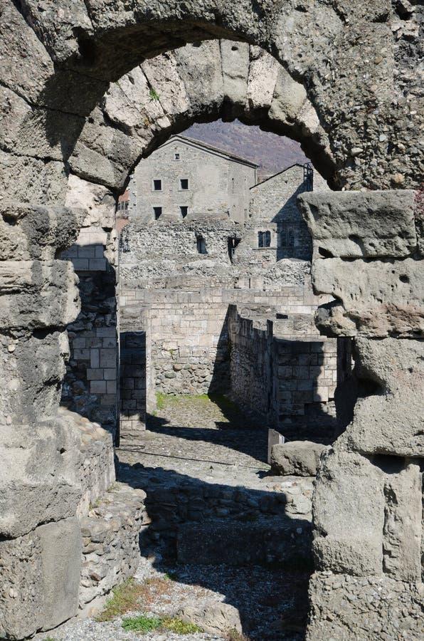 Roman Theatre von Aosta lizenzfreie stockfotos